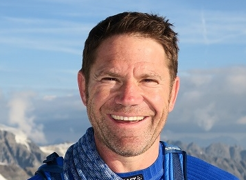 2020 SES EXPLORER OF THE YEAR STEVE BACKSHALL
